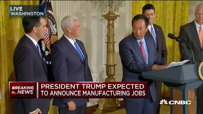 Trump announces $10 billion Foxconn plant in Wisconsin - Ferret out this news story