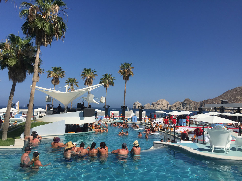 How can you not want this?? Chilling at the pool in front of the famous Los Arcos at ME Cabo.
