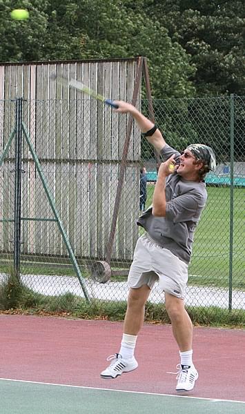 Tennis-3[1].jpg