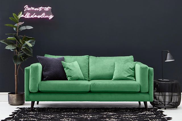 """Trend forecasting service @wgsn predicts that the colour """"neo mint"""" will dominate the world of interiors in 2020! Take a look at the stunning minty fresh Brighton Sofa from @darlingsofchelsea 😍💚"""