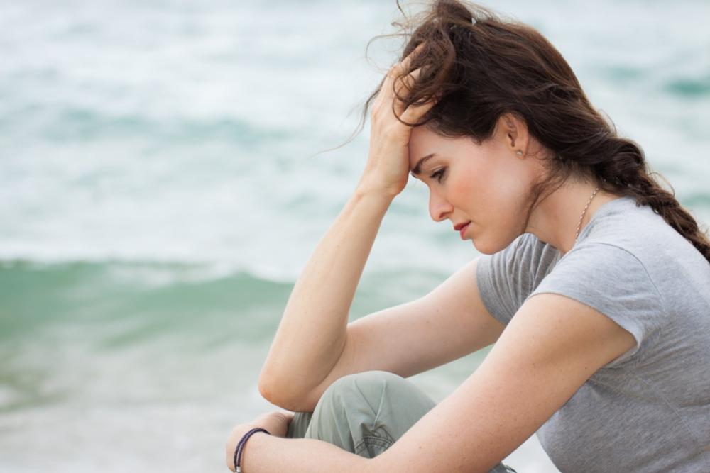Matalat D-vitamiinitasot on yhdistetty suurempaan masennuksen riskiin useissa havainnoivissa tutkimuksissa.
