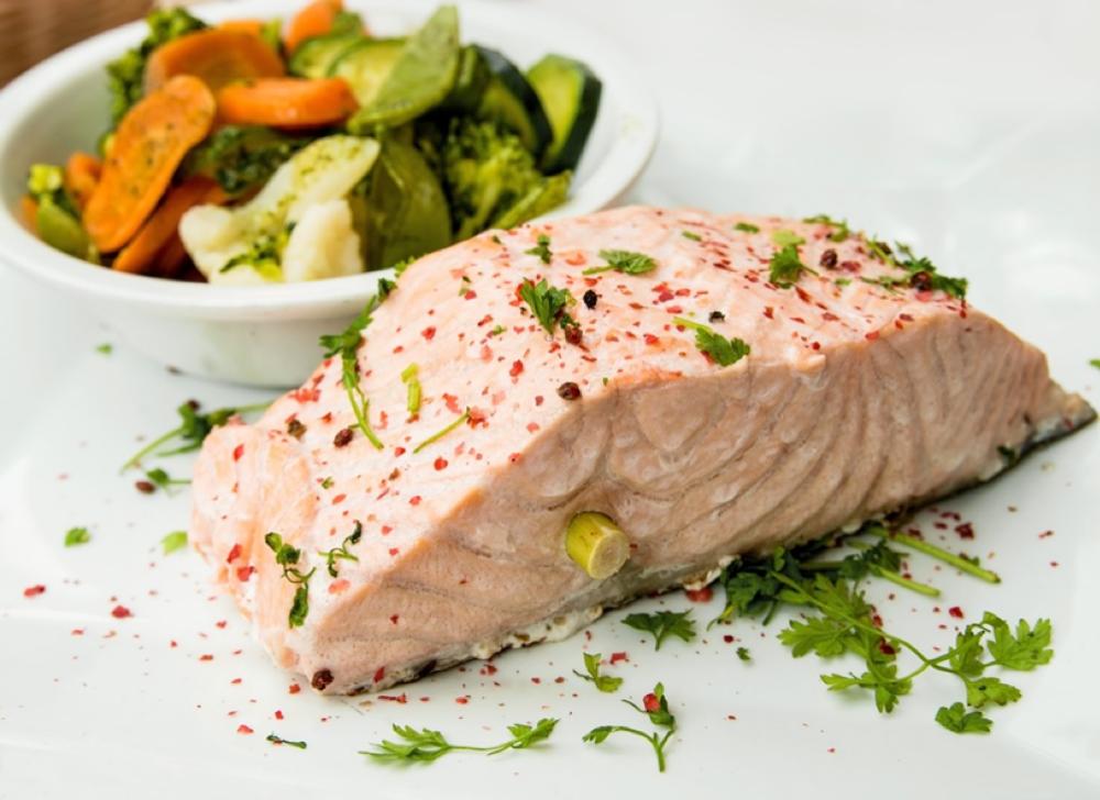 Lohessa on proteiinin lisäksi tulehdusta vähentäviä omega-3-rasvahappoja.