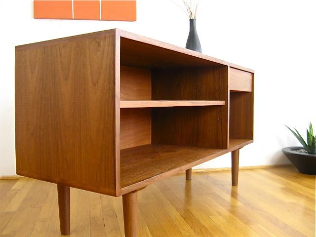 Modern-Mid-Century-Teak-Credenza-Eames-Danish-Style-1