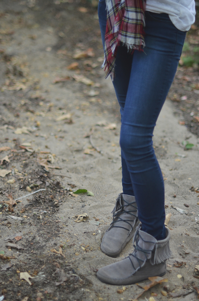 Minnetonka Tramper Boots Styling