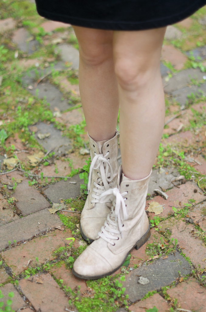 Lace Up Boots Styling