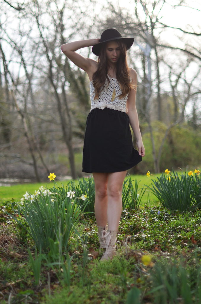 Fine and Feathered - Spring Outfit