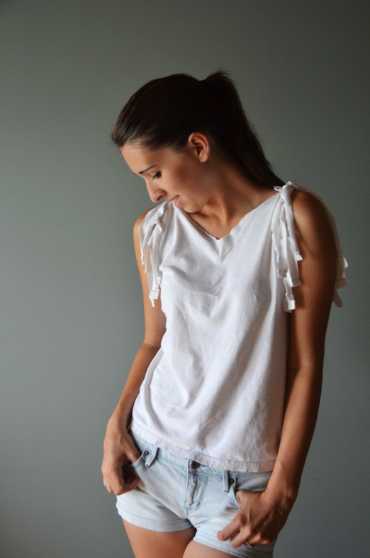 Fine and Feathered - Tshirt DIY
