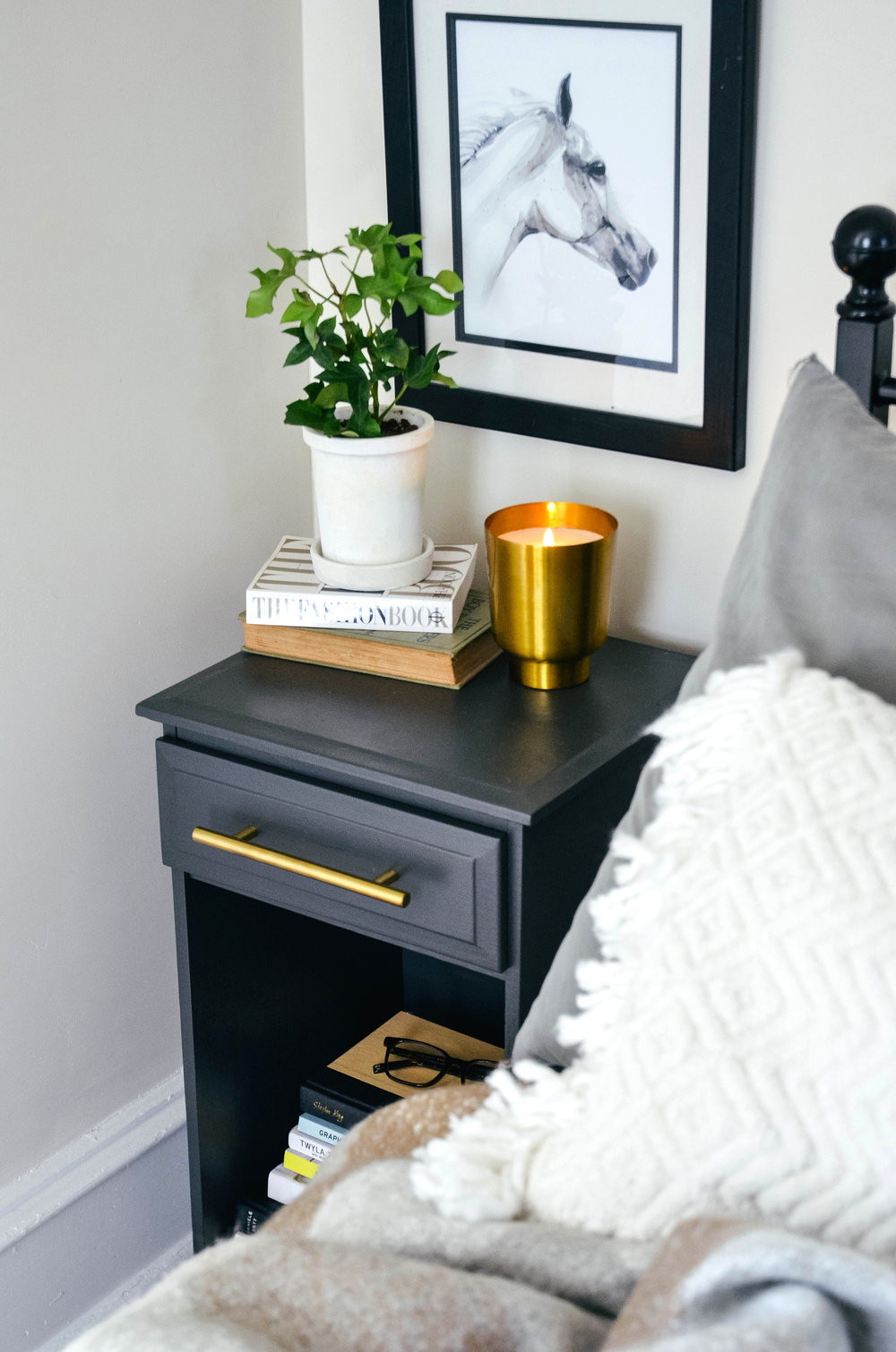 Fine and Feathered Blog : DIY Bedside Table Makeover