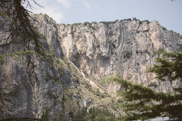 The hills have eyes. . . Duco Apparel Season 19/20 preorder December. . . . . #outdoor #adventure #hills #trees #mountains #climbing #rockclimbing #climb #higher #boulder #bouldering #sports #athlete  #adventuresports