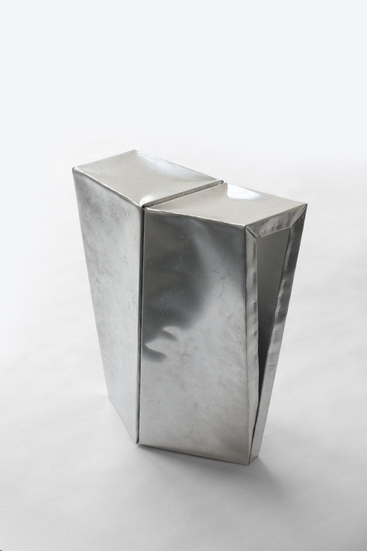 stool_004.jpg