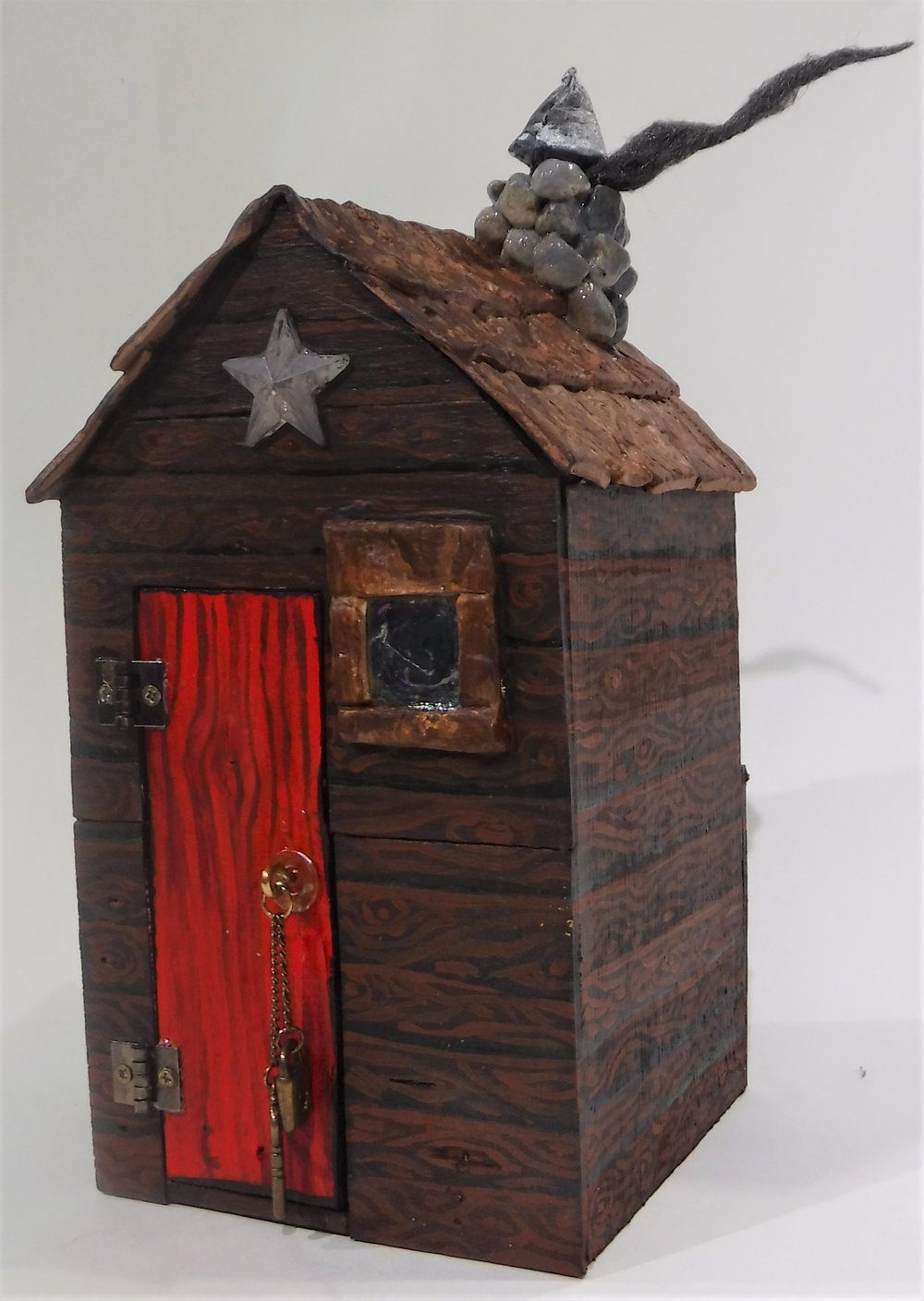 Little Fairy Skeletons cabin front and side view.JPG