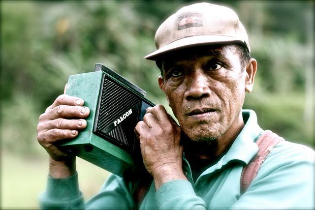 Radio Cordillera Radioman.jpg