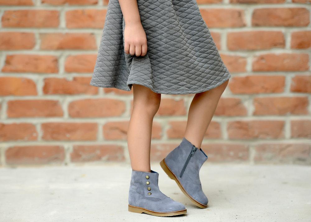 Grey Tessa