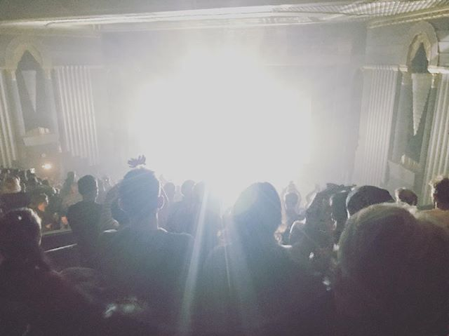Monday night bright. #boniver #eventimapollo #datenight #silhouette #venue #crowd #nomondaymosh