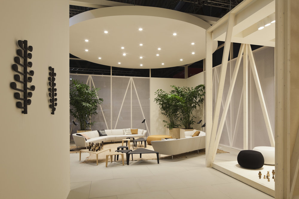 2x4 Arper Salone del Mobile Booth 1.jpg
