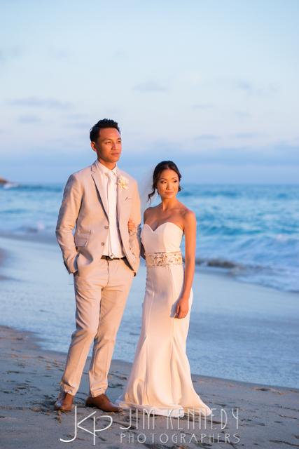 jim-kennedy-photographers-surf-and-sand-wedding-naomi_0135.jpg