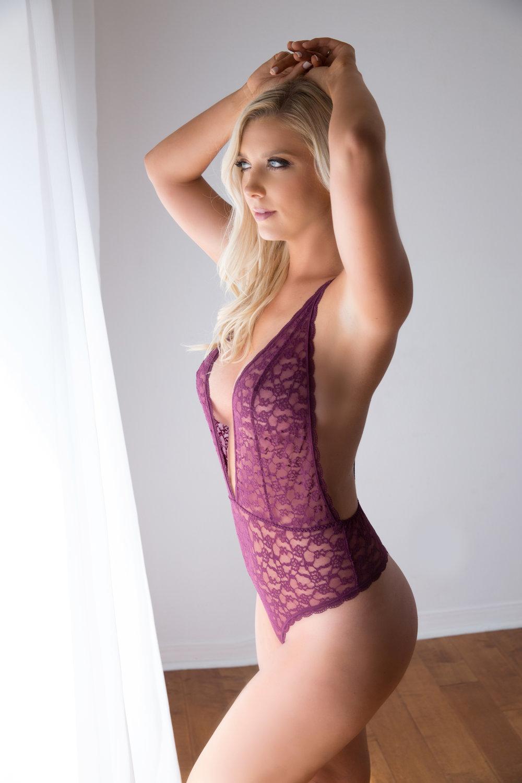boudoir photo shoot lingerie