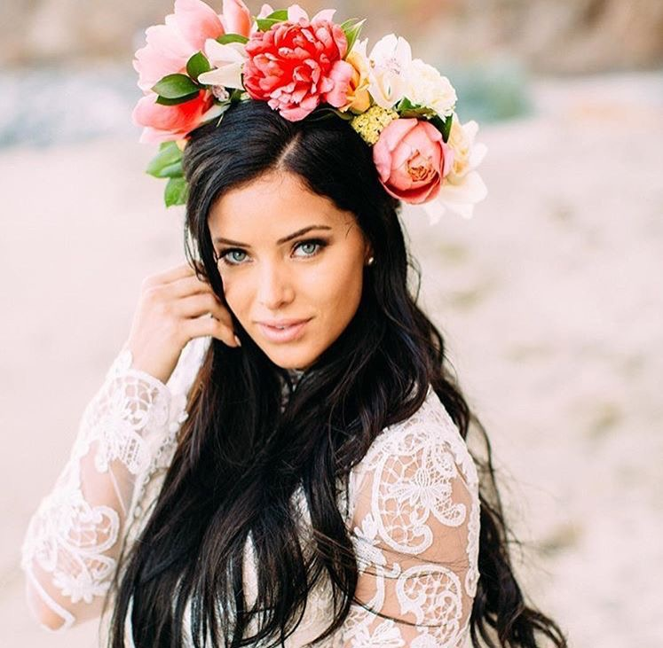 bohemian-bride-flower-crown-orange-county-thevanitybelle.com