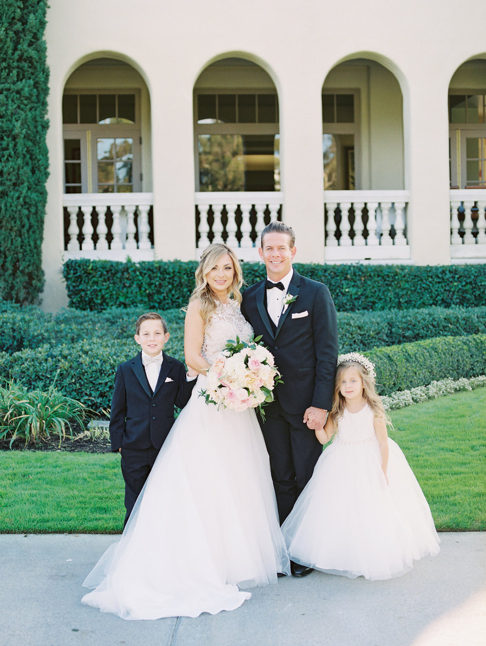 thevanitybelle.com-san diego-wedding day-family wedding-bridal beauty-wedding inspiration