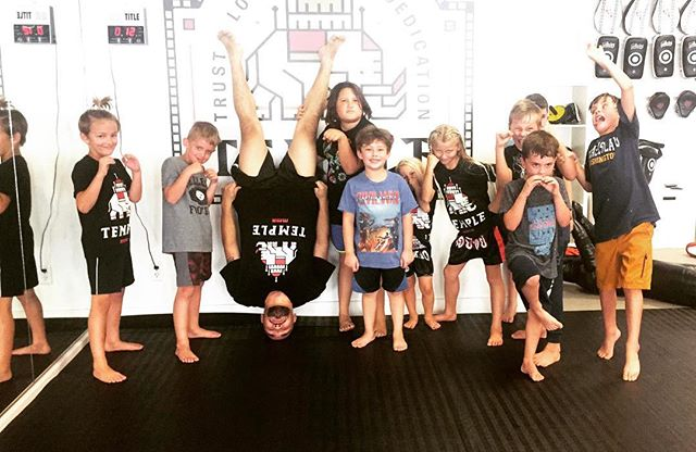 @dominico801 brings it every time and will be teaching classes all week as the rest of our coaches are training for upcoming fights👊🏼 📷@coletfodt #mma #mmatraining #kidsjiujitsu #jiujitsu #mmafighter #jiujitsugirls #jiujitsulifestyle #girlpower #technique #bullyproof #antibullying #prevention #prepare #empowerment #empower #youth #nextgeneration #cottonwoodheights #bigcottonwoodcanyon #littlecottonwoodcanyon #saltlakecity