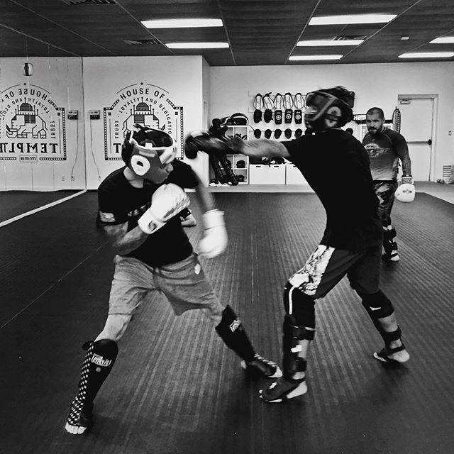 @lehidominguez getting in some final spar sessions with @jruiz_mma and @dominico801 before his big fight next Friday @steelfistfight good luck soldier 👊🏼 📷 @coletfodt  #titledefense #steelfistfightnight #mmafighter #mma #mixedmartailarts #utahmma #mmatraining #utahfighter #utahtrainer #saltlakecity #cottonwood #cottonwoodheights #utahbjj #utahjiujitsu #wasatchmountains #wasatchfront #muaythai #jiujitsu #wrestling #boxing