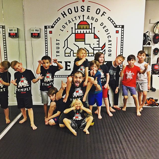 Saturday morning kids MMA at 9 AM.  Bring your kids in for a free class tomorrow, @dominico801 is the best they will love it guaranteed. 📷 @coletfodt  #mma #mmatraining #kidsjiujitsu #jiujitsu #wrestling  #kidskickboxing #jiujitsulifestyle #technique #bullyproof #antibullying #prevention #prepare #empowerment #empower #youth #nextgeneration #cottonwoodheights #bigcottonwoodcanyon #littlecottonwoodcanyon #saltlakecity #utah
