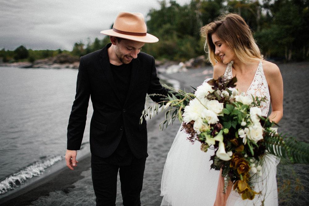 Duluth Minnesota elopement photographer