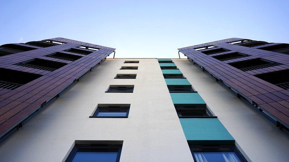 building-1618868_1920.jpg