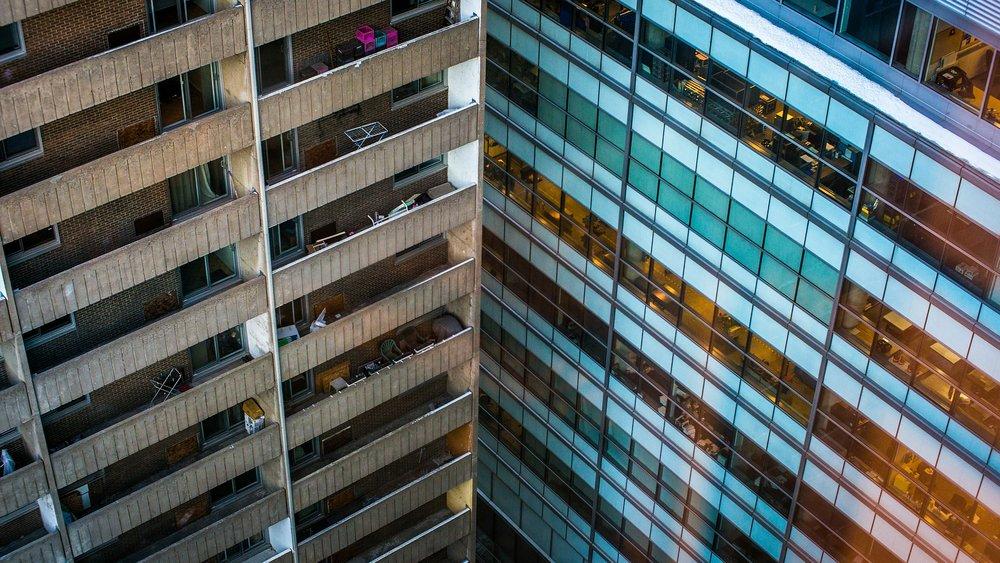 buildings-264353_1920.jpg