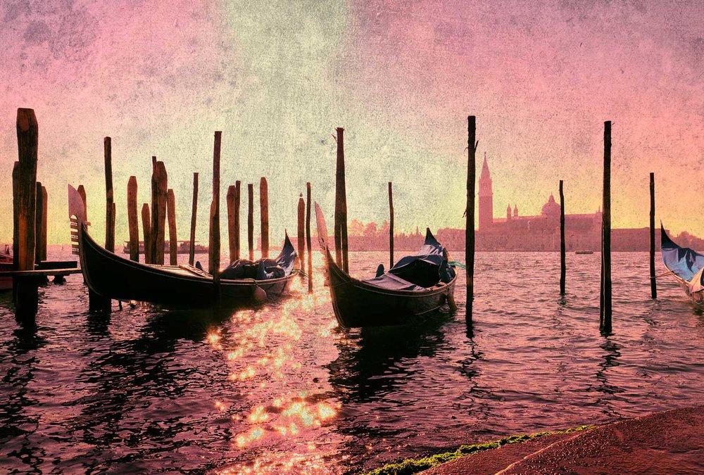 VeniceGondolaSSfilter.jpg
