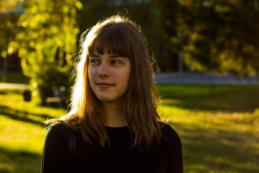 Anna DeFinis