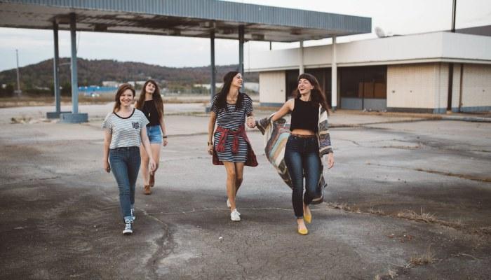 ragazze adolescenti