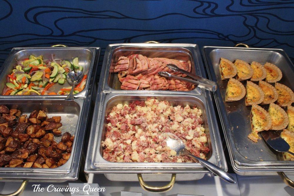 Riverwalk-Restaurant-buffet-3.JPG
