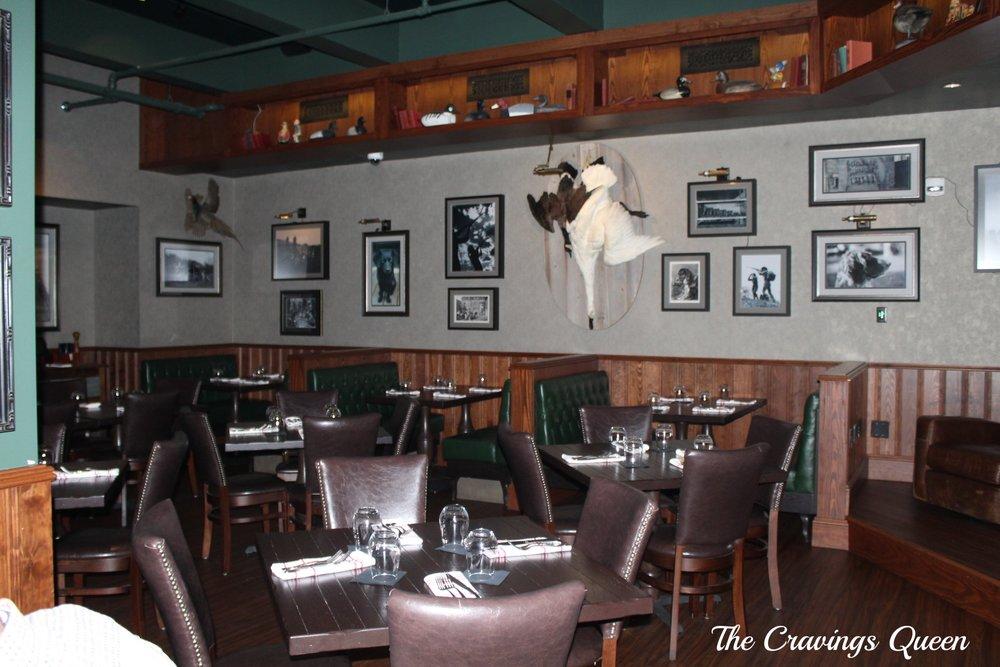 The-Hunt-Room-dining-room-2.JPG
