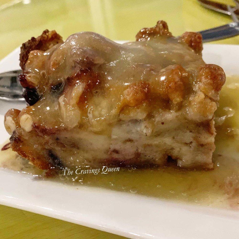 Rudees-Restaurant-bread-pudding.jpg