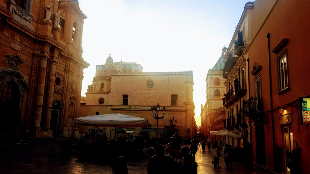 A classic Marsala piazza