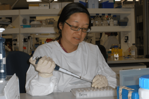 Dr Patsy Soon,a 2015 grant recipient solely funded by The Can Too Foundation.