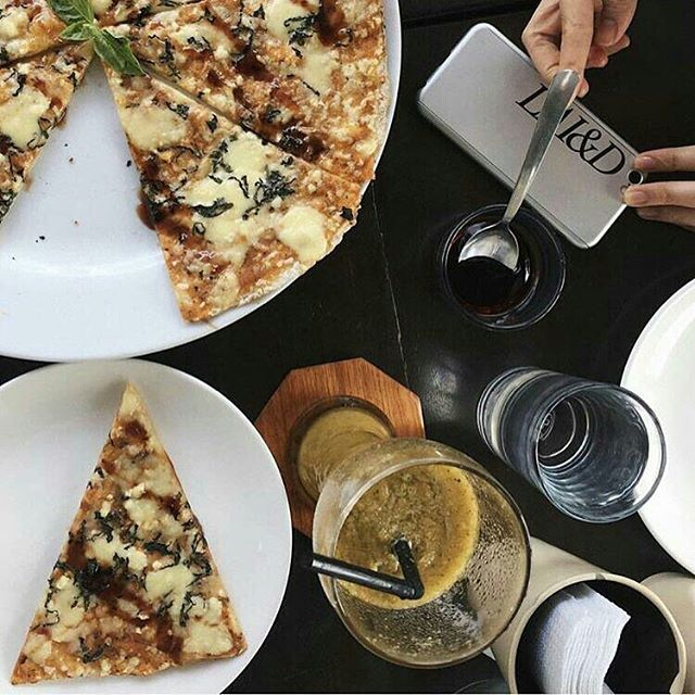 Come by @freshstartorganic in Bacolod City and see our coasters at work. The restaurant serves organic and healthy dishes like the pizza in the photo. 💚  Thank you to our new friend, @iamnikkita, for trusting us. 💚