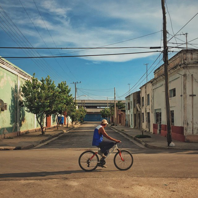 cuba or a lost city - mainstream tourism, real life hipsters