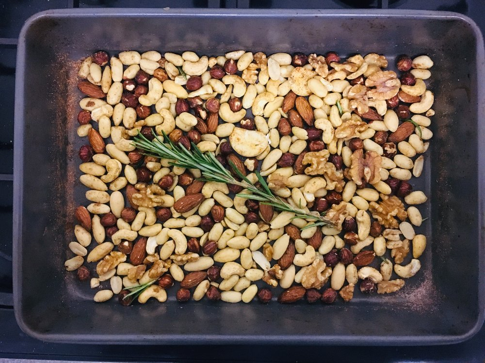 Herby Roasted Nuts