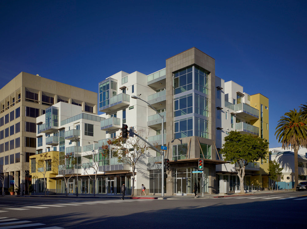 DFH-Architects-525-Santa-Monica-Mixed-Use-01.jpg