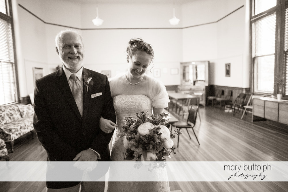 Bride and her father at the wedding venue at the Inns of Aurora Wedding