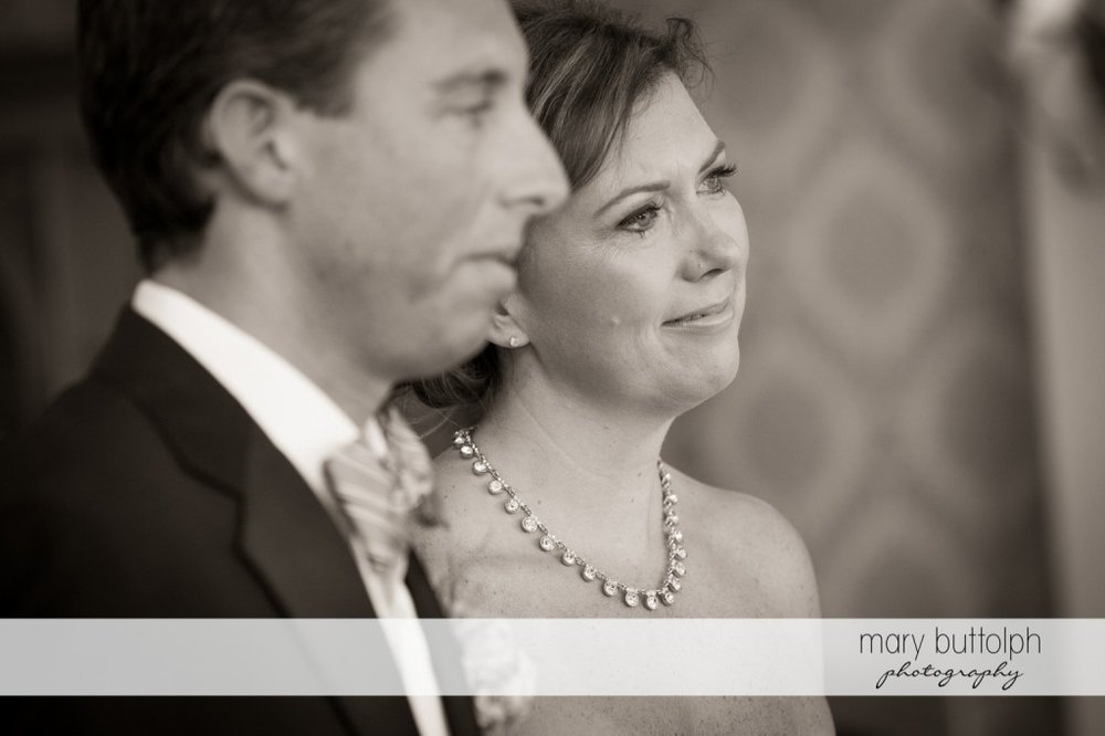 Side view of the couple at Skaneateles Country Club Wedding