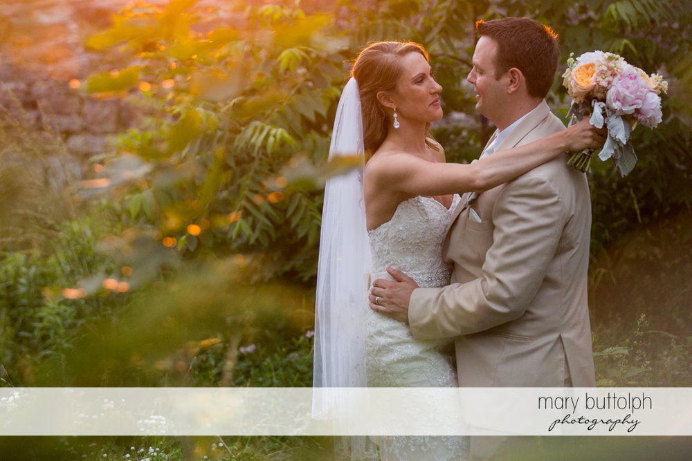 Couple spend time in the garden at the Inns of Aurora Wedding