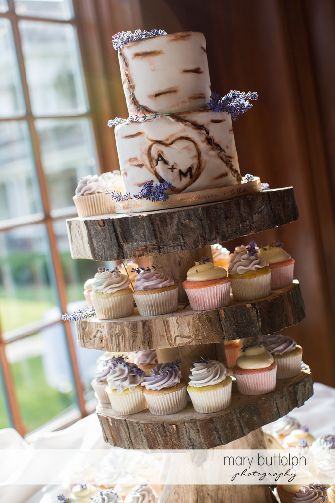 Couple's lavender-themed wedding cake at the Sherwood Inn Wedding