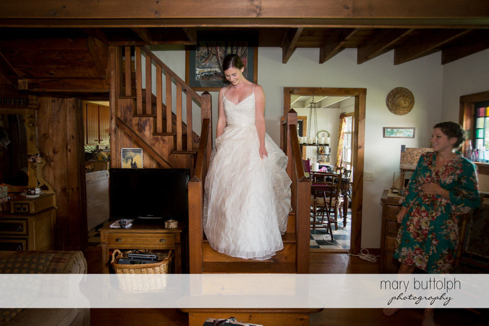 Bride at the stairway at the Hamilton Inn Wedding