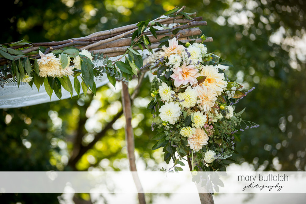 Close up shot of flowers in the garden at the Inns of Aurora Wedding