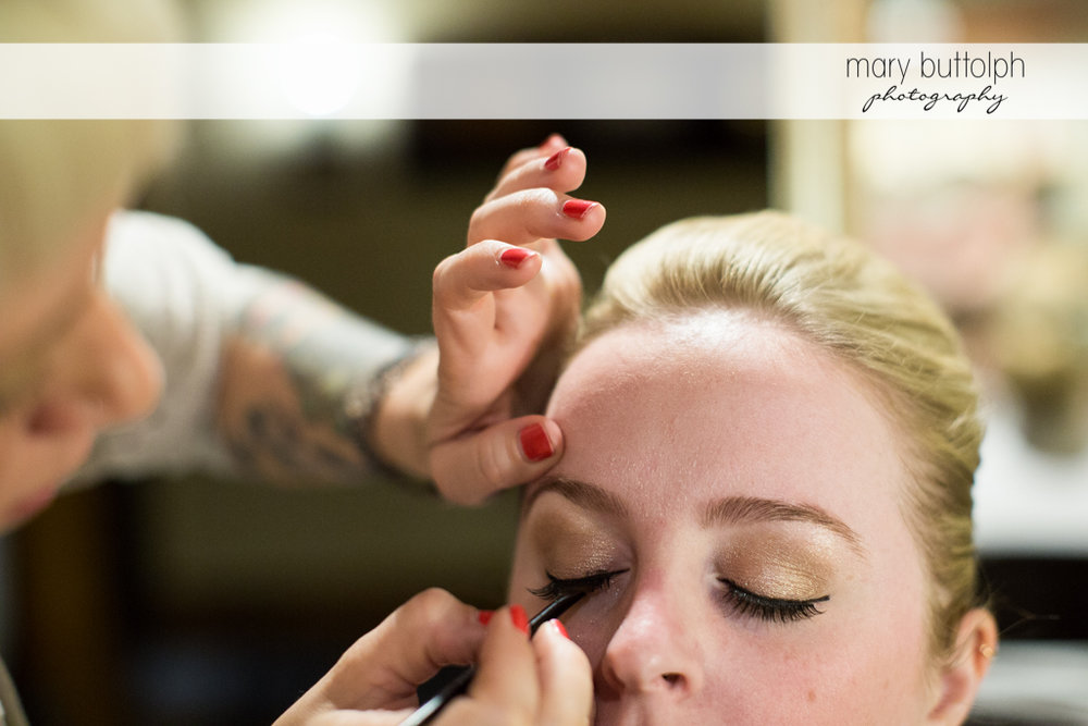 Bride gets a makeover at Skaneateles Country Club Wedding