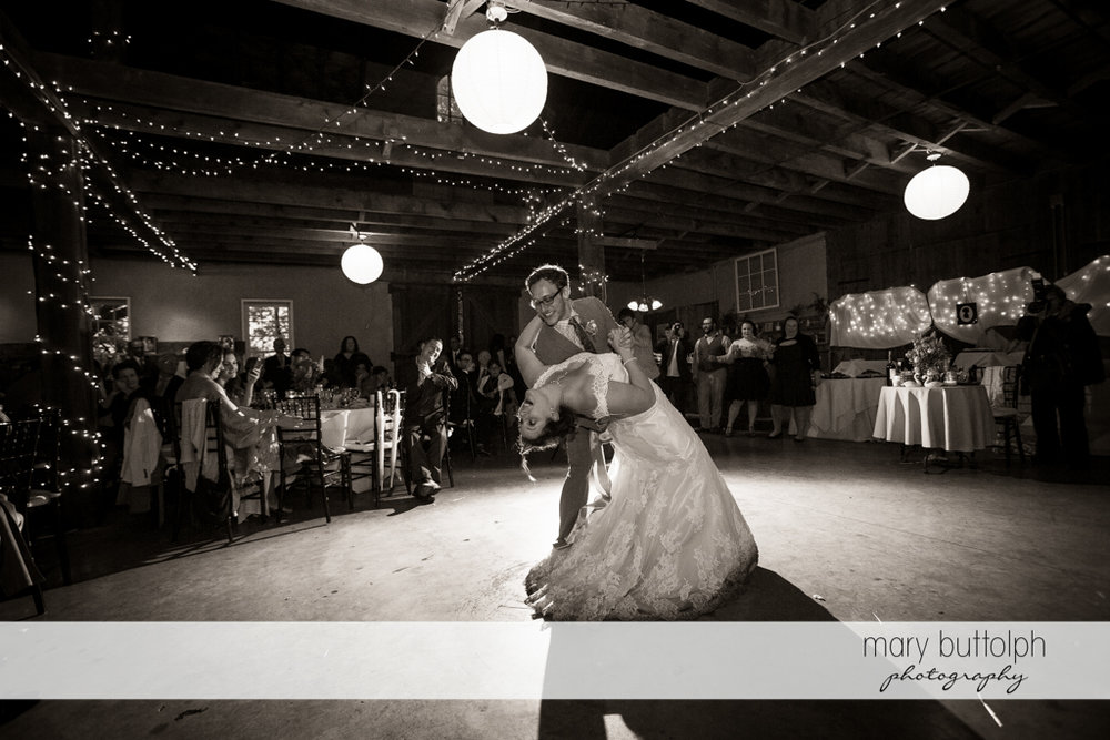Couple show their moves on the dance floor at Frog Pond Bed & Breakfast Wedding