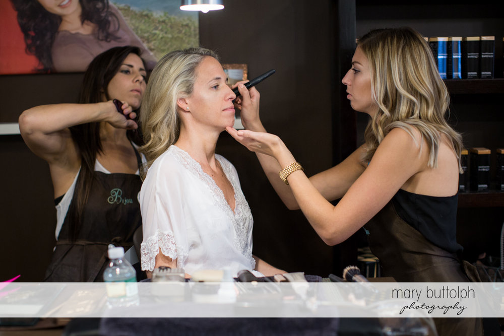 Bride gets a makeover from friends at Skaneateles Country Club Wedding